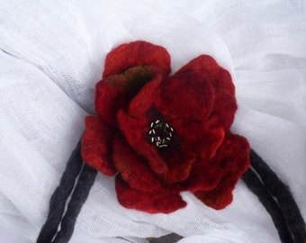 Felt necklace, felt flower, felt jewelery