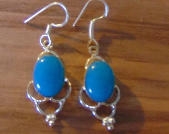 Vintage Chalcedony and Sterling silver earrings