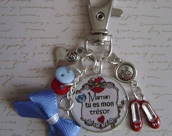 "Keychain or bag charm ""MOM"""