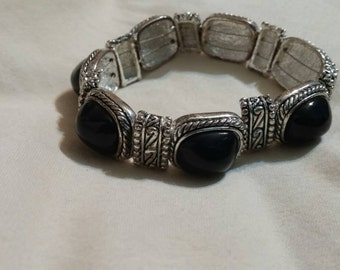 On Sale Inexpensive Costume Estate Jewelry Black Bead and Silver Toned Magnetic Bangle Bracelet