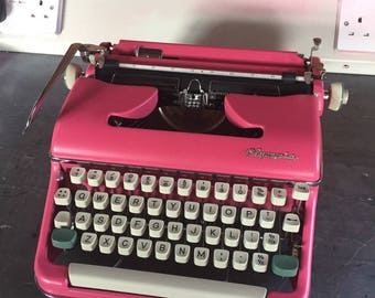 """Olympia SM5 """"Annabel"""" Typewriter Professionally Serviced and Repainted Pink Full Working Order"""