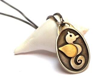 Seahorse pendant - silver pendant - pendants - gold pendant - necklaces - silver necklaces - Free Shipping!!!