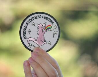 Free shipping (USA) Pink Dinosaur Patch Rawr badge rainbow dino t-rex unicorn rainbow lgbt diversity gay lesbian embroidered pride patch