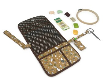 Embroidery Case with Accesories - Medium