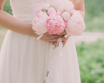 Wedding bouquet, bride bouquet, bridal bouquet, bridesmaids bouquet, paper flower bouquet, wedding flowers, wedding peonies, peonies bouquet
