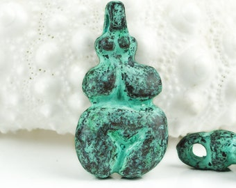 25%OFF Primitive Ancient Goddess Mother Earth Greek Neolithic Cycladic Figure Venus of Willendorf Green Patina copper Pendant Idol charm