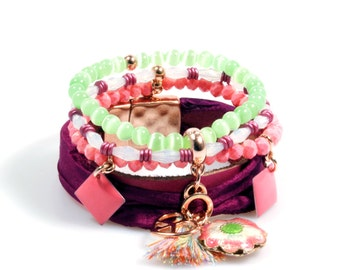 Bracelet rose gold, pink, green and aubergine with peace heart, flower and tassel, with leather and silk - boho Ibiza style jewelry, Catena