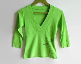 T Shirt V-Neck T Green - Vintage Womens Clothing