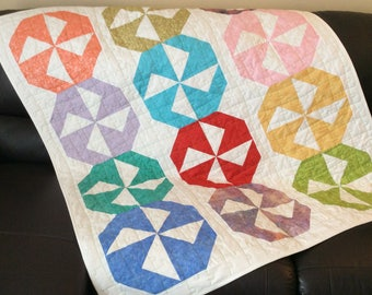 Modern pinwheel scrappy lap quilt, puzzle piece quilt, modern table quilt, colourful kids quilt,  geometric bold quilt,