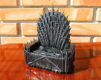 Game of Thrones gift him men docking station Fathers day gift husband dad gift grandfather gift grandpa iron throne office desk accessories