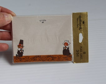 THANKSGIVING PLACE CARDS, Vintage paper place cards, Pilgrim place cards, Thanksgiving Dinner place cards, vintage Hallmark place cards