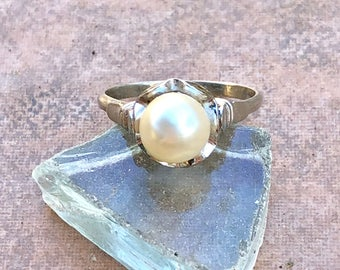 Moon Flower Pearl Ring