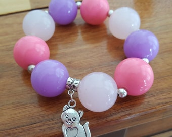 Kitty Charm Bracelet, Cat Charm Bracelet, Elastic Beaded Bracelet, Pink and Lavender Chunky Gumball Bead Bracelet with Cat Charm