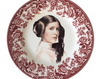 Vintage - Illustrated - Princess Leia -  Geek - Plate - Upcycled - Wall Display  - Altered - Antique Plate
