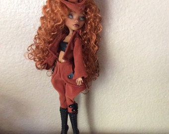 Monster Doll High Repaint. Stormy SOLD on lawayaw for A. 3 of 4