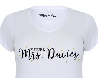Future Mrs - Bride - Plus Size Personalised Custom T-Shirt - Bride To Be Hen Night Top