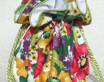 Summer Garden Travel Jewelry Pouch, Bag travel organizer in multicolor