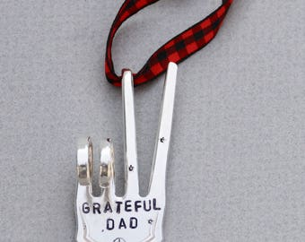 GRATEFUL DAD stamped Stamped SpoonOrnament // PEACE Sign with stars // Red and Black checkered Ribbon gift for guy dad
