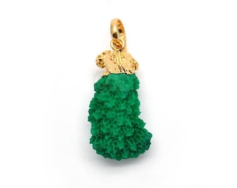Quirky Green Coral Pendant, 18x35mm Gold Electroplated Branch Druzy Gemstone Chain Pendant GemMartUSA (CO-50104)