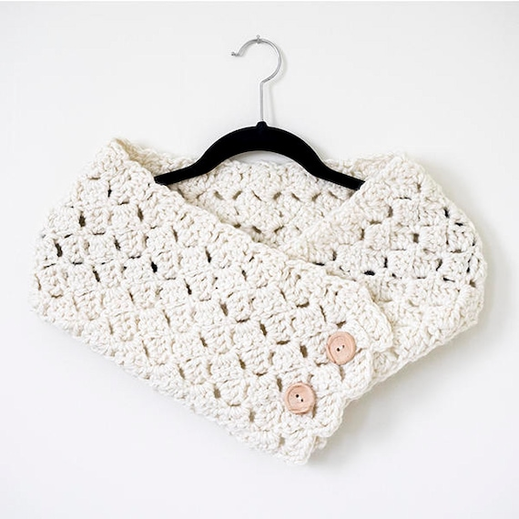 Button Cowl Crochet Pattern Chunky Scarf Pattern Easy