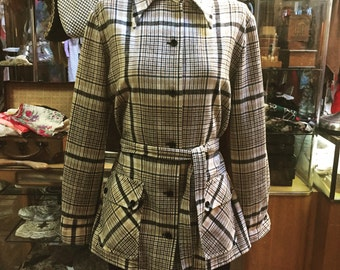 Snappy and soft! A stylish little 1970s Pendleton ladies' jacket