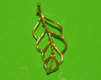 36 mm gold vermeil leaf pendant with loop