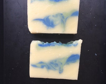 Ocean scented soap - handmade soap - handmade cold process soap - tropical soap - ocean soap - Virgin Islands soap - green - blue - fresh sc