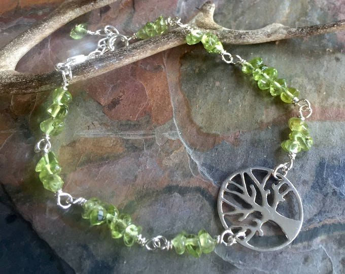 Tree of Life Bracelet, Wire wrapped Tree of Life Peridot Bracelet,Peridot Gemstone bracelet- August Birthstone, Peridot Stretch Bracelet