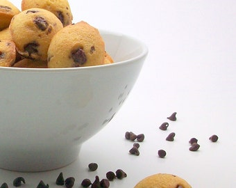 Organic & Natural Chocolate Chip Mini Madeleines (20 Count)