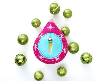Vaginament®! Meet Barbara: A great big vulva bauble for your fave midwife, doula, obgyn. Your bestie or the bride {BSBarbara DP}