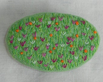Embroidered hair clip
