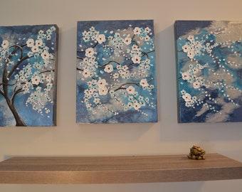 triple flower canvas texture white