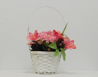 Spring Flowers, Woven Basket, Floral Basket, Mother's Day Basket, Easter Flowers, Easter Gift, Flower Arrangement, Silk Flowers