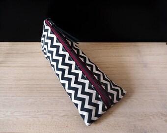 Chevron pencil case, Black and beige fabric, Pencil pouch, Triangle pencil case, Trousse, Etui a crayon, Pen bag, Cotton pen case