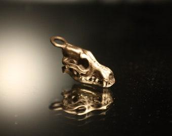 Wolf Skull Pendant - Bronze