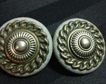 Vintage Denim button earrings with metal chain design detail