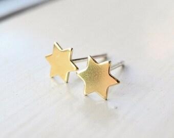 Star Stud Earrings, Six Pointed Star Earrings, Brass Jewelry, Star of David, Tiny Star Earring Studs, Sterling Silver Hypoallergenic (E207)