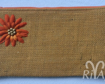 RivAgo clutch in yellow and grey