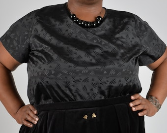 NEW! 80's Squiggle Tee PLUS SIZE 18 20 22 24 26 28