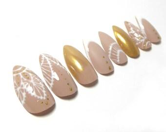 Nude Lace Nails / Fake nails, glue on nails, press on nails, nail art, gift women, wedding, jewelry, henna tattoo, stiletto nails, bridal