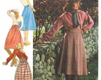 Butterick 4326 Vintage 1970s High-waist, flared wrap skirts sewing pattern uncut