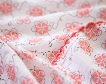 Zina Little Flower Swaddle