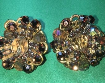 Vintage Gold tone Topaz Floral with Citrine Center Clip on Earrings/30mm/In Great Condition #BCEB-820