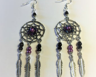 "Earrings ""Lattrape dreams pink and black and his feathers"""