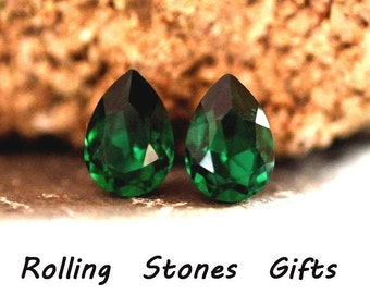 10x7mm Emerald Swarovski Pear Rhinestone Stud Earrings-Crystal Pear Studs-Emerald Swarovski-Handmade Earrings