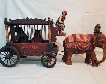 Large Vintage BARNUM & BAILEY Circus Wagon with Elephant, Monkey Clown and Bears, Vintage Circus Wagon Clown, Collectible vintage toys