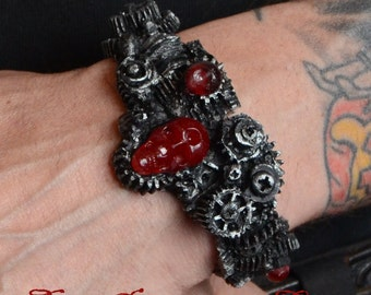 Steampunk  Gear Halloween Jewelry Bracelet -  Gears with Skull  Dark metal  Tone - Cyberpunk Jewelry