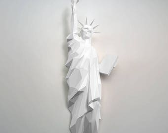 New York Statue of liberty papercraft | DIY wall mount | 3D papercraft sculpture | Printable PDF pattern | Low poly paper model