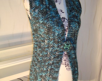 Vest Evergreen long Turquoise green knitted vest