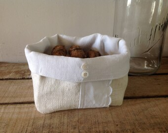 Dry bread/fruit basket made from fabric samples